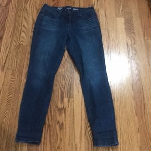Crown & Ivey Jeans super soft and comfy!